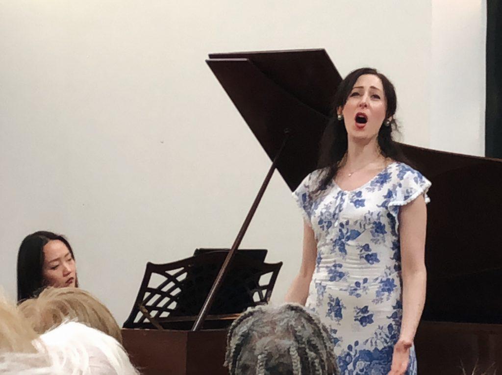 Vivien Conacher, mezzo-soprano
