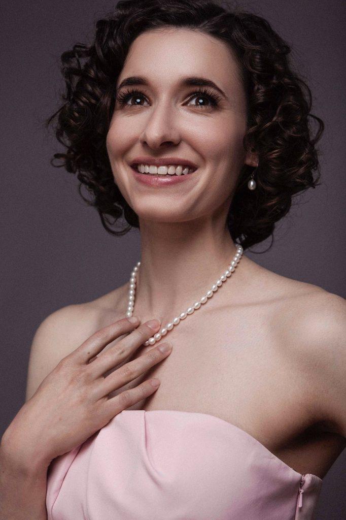 Sarah Labiner (soprano)