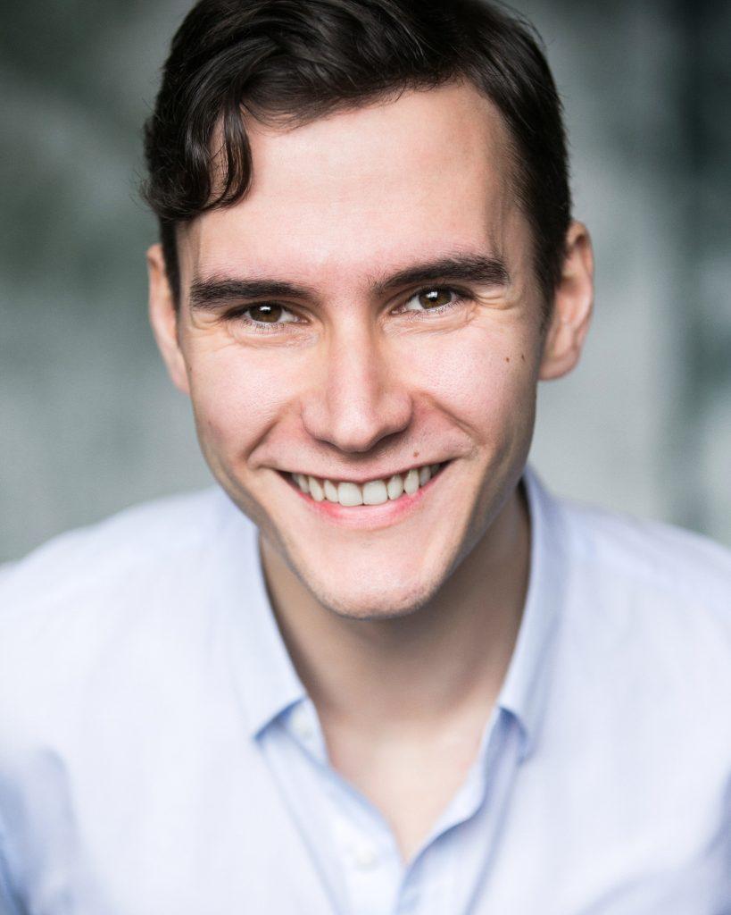 Bradley Travis (baritone)