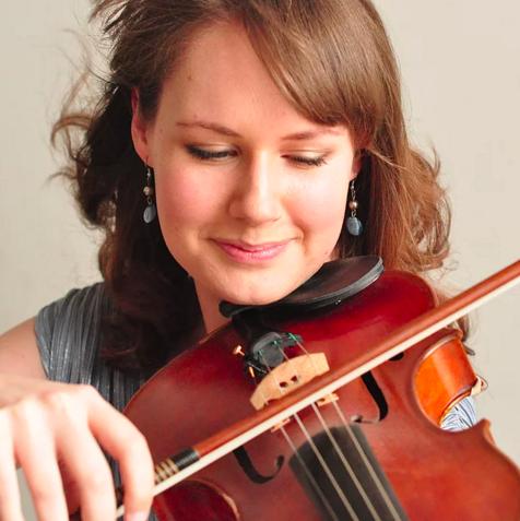Lisa Bucknell (viola)
